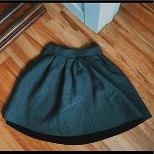 rue 21 pleated grey skirt